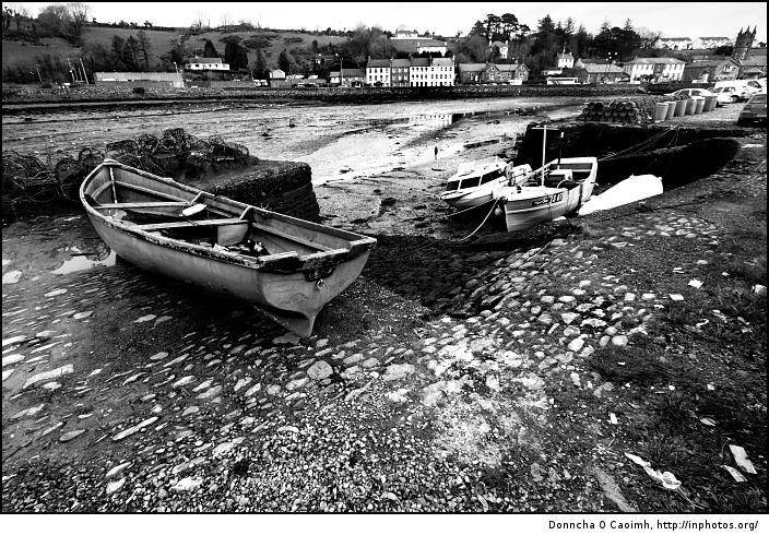 bantry-boats-in-black-and-white