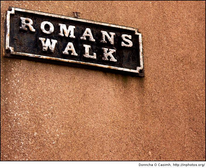 romans-walk