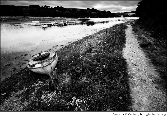 lonely-boat-in-fountainstown