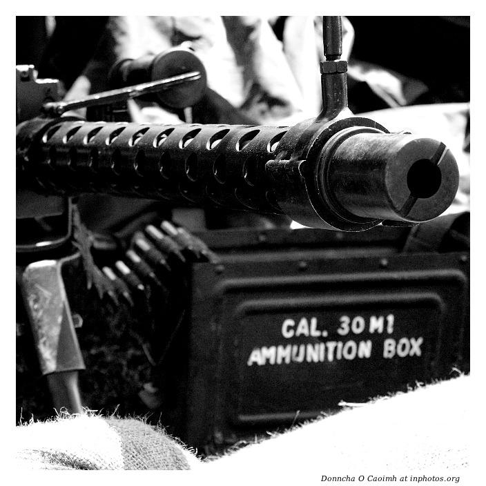 Machine Gun Ammo Box Gun Barrel And Ammo Box