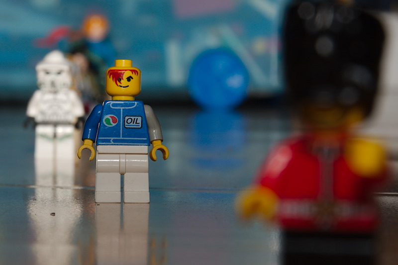 Lego characters shot at f/13