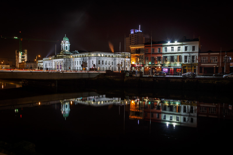 cork-city-hall-on-the-river