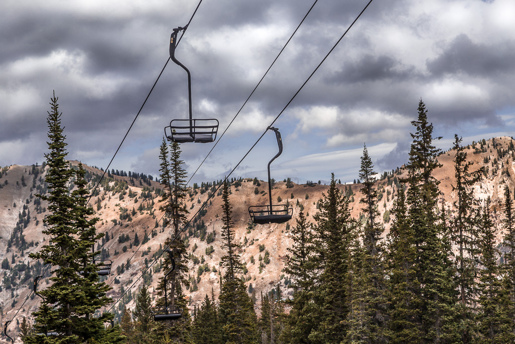 ski-lifts-to-the-top