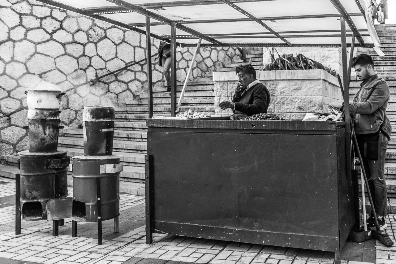 The Malaga Chestnut Seller