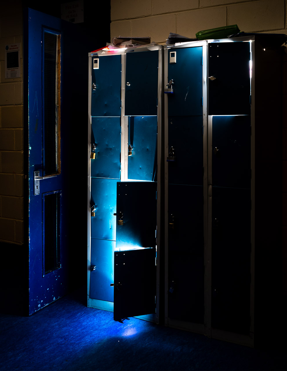 Light Escapes from Lockers