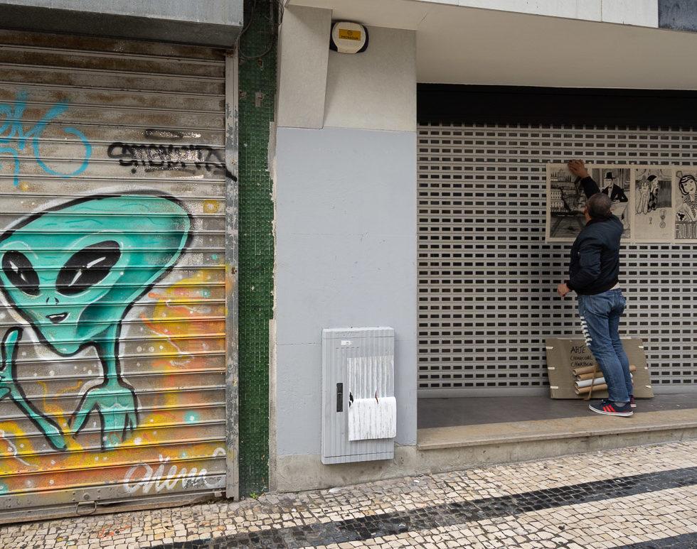 Selling Art in Porto