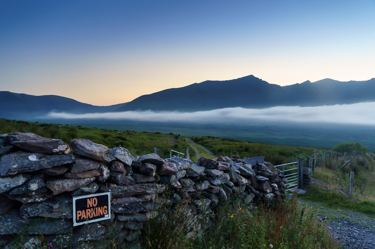 Fog rolls into the Conor Pass