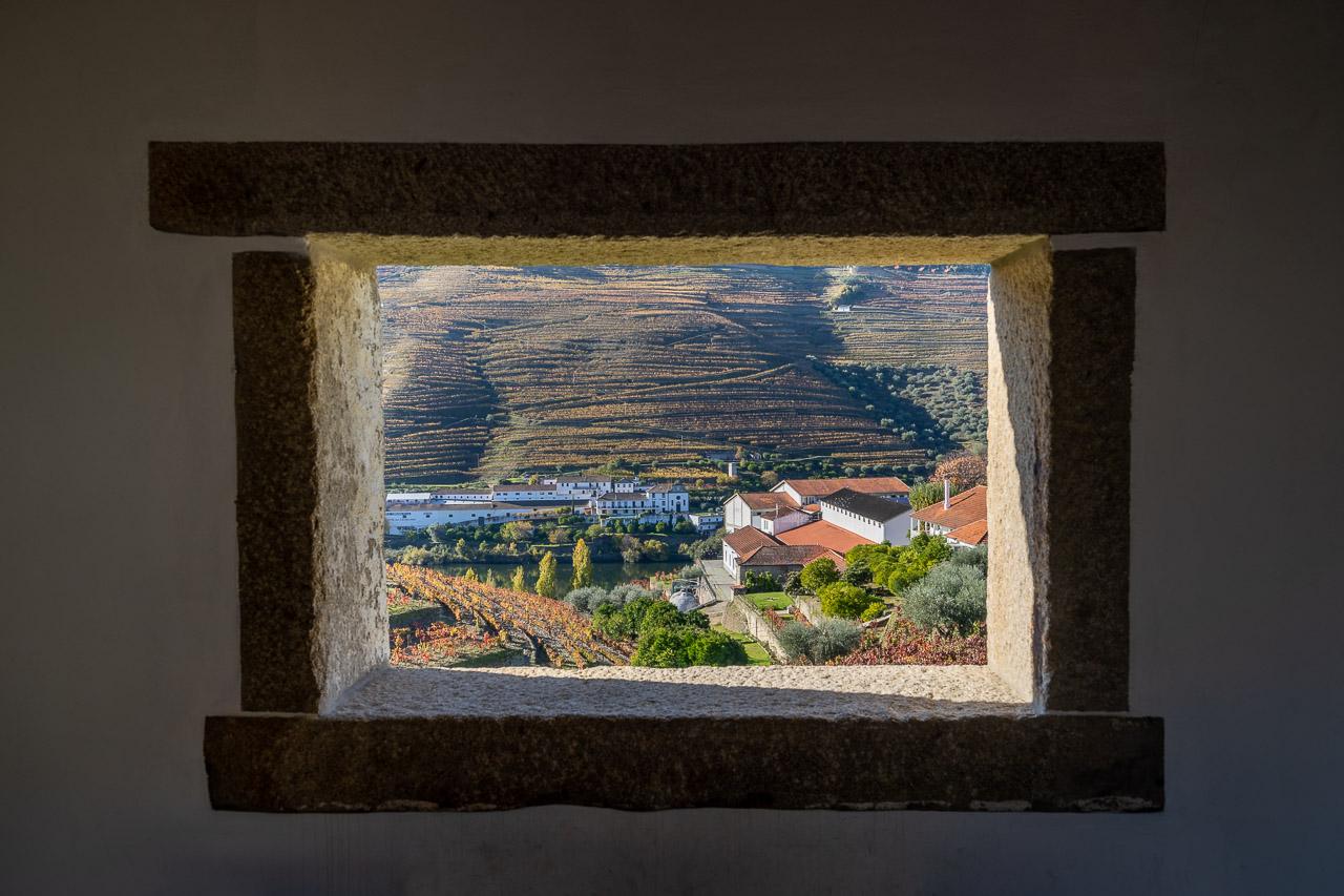 Through the window to the Douro River
