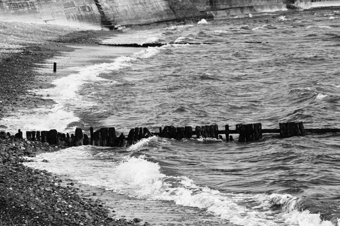 Waves crash at Garretstown